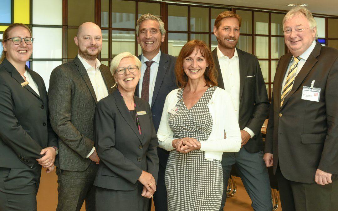 Erfolgreich verhandeln – aber wie? Business-Frühstück bei der Deutschen Bank in Wuppertal